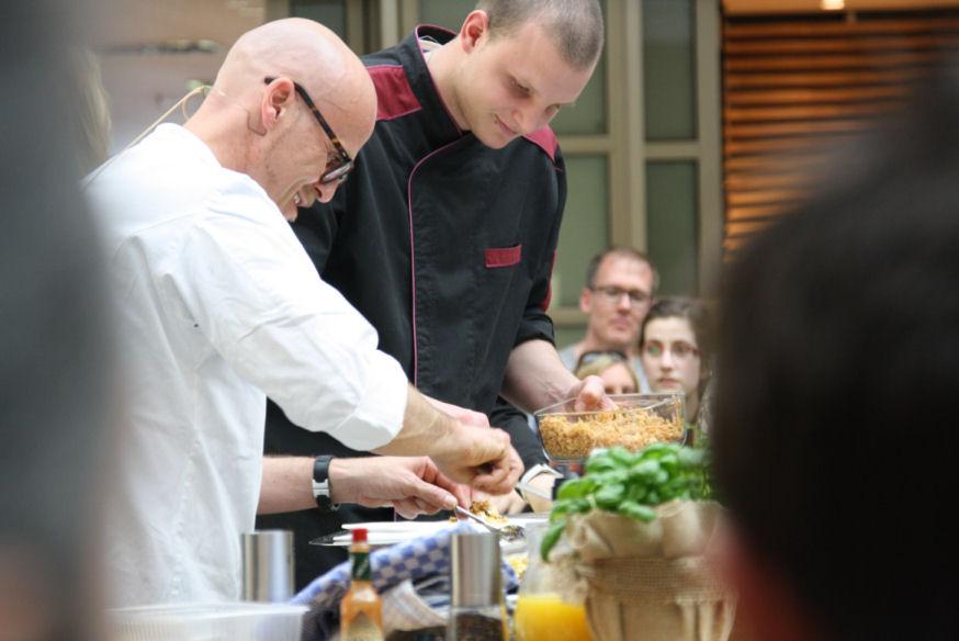 Live cooking mit ralf zacherl dukeautographs for Koch zacherl